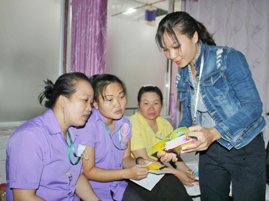 Long An Tăng cường công tác chăm sóc sức khỏe sinh sản cho công nhân khu công nghiệp    