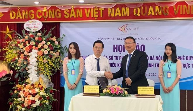Vietcombank Hoàn Kiếm và NALAF ký kết thỏa thuận triển khai các dịch vụ đấu giá trực tuyến đầu tiên tại Việt Nam