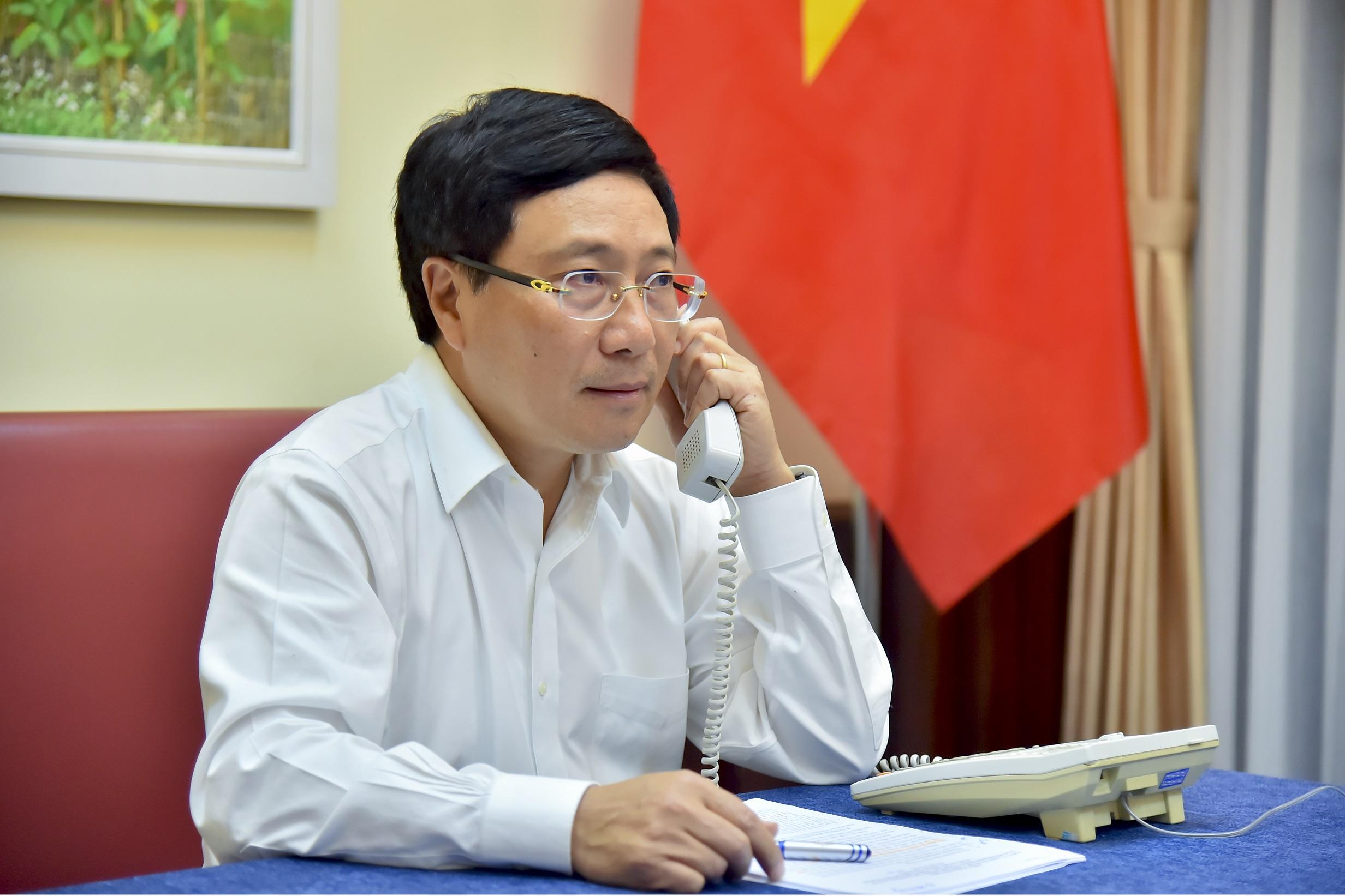 Tăng cường hợp tác nhiều mặt Việt Nam - Ai-len