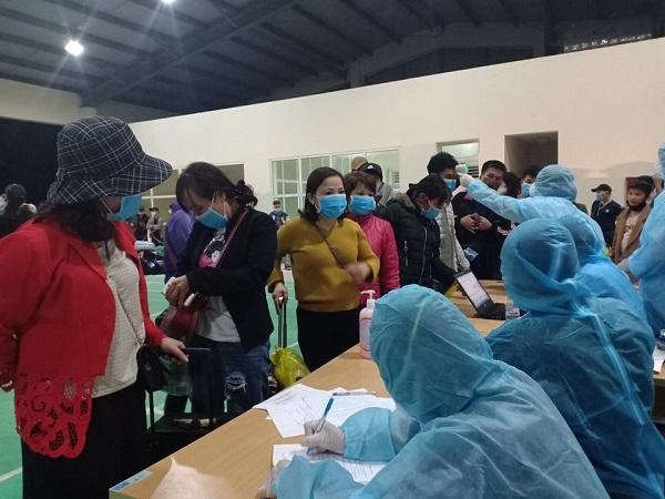 Công dân Việt Nam tại Lào phải đăng ký xuất cảnh trước khi về nước