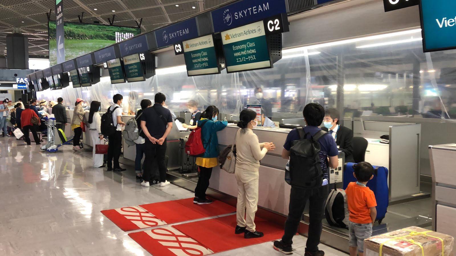 Đưa hơn 340 công dân từ Nhật Bản về nước