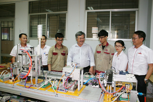 Đảng bộ Tổng cục Giáo dục nghề nghiệp Nỗ lực tạo chuyển biến mạnh mẽ trong thực hiện nhiệm vụ chính trị