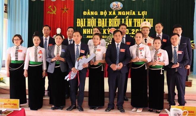 Nghĩa Lộ hoàn thành đại hội tại 42 chi, đảng bộ cơ sở