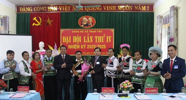 Trạm Tấu tổ chức thành công đại hội các chi, đảng bộ cơ sở