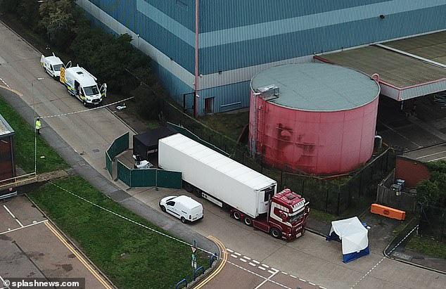 Vụ 39 thi thể trong xe tải ở Anh Cảnh sát Pháp và Bỉ bắt giữ 26 đối tượng liên quan