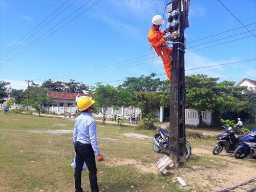 Xử lý 1171 vụ vi phạm sử dụng điện tại Quảng Ngãi