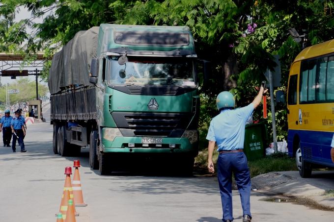TP Hồ Chí Minh mở đợt cao điểm kiểm tra, xử lý vi phạm về tải trọng phương tiện đường bộ