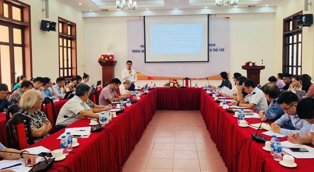 Nhận diện các điểm nghẽn phát triển của Việt Nam trong bối cảnh hậu COVID-19