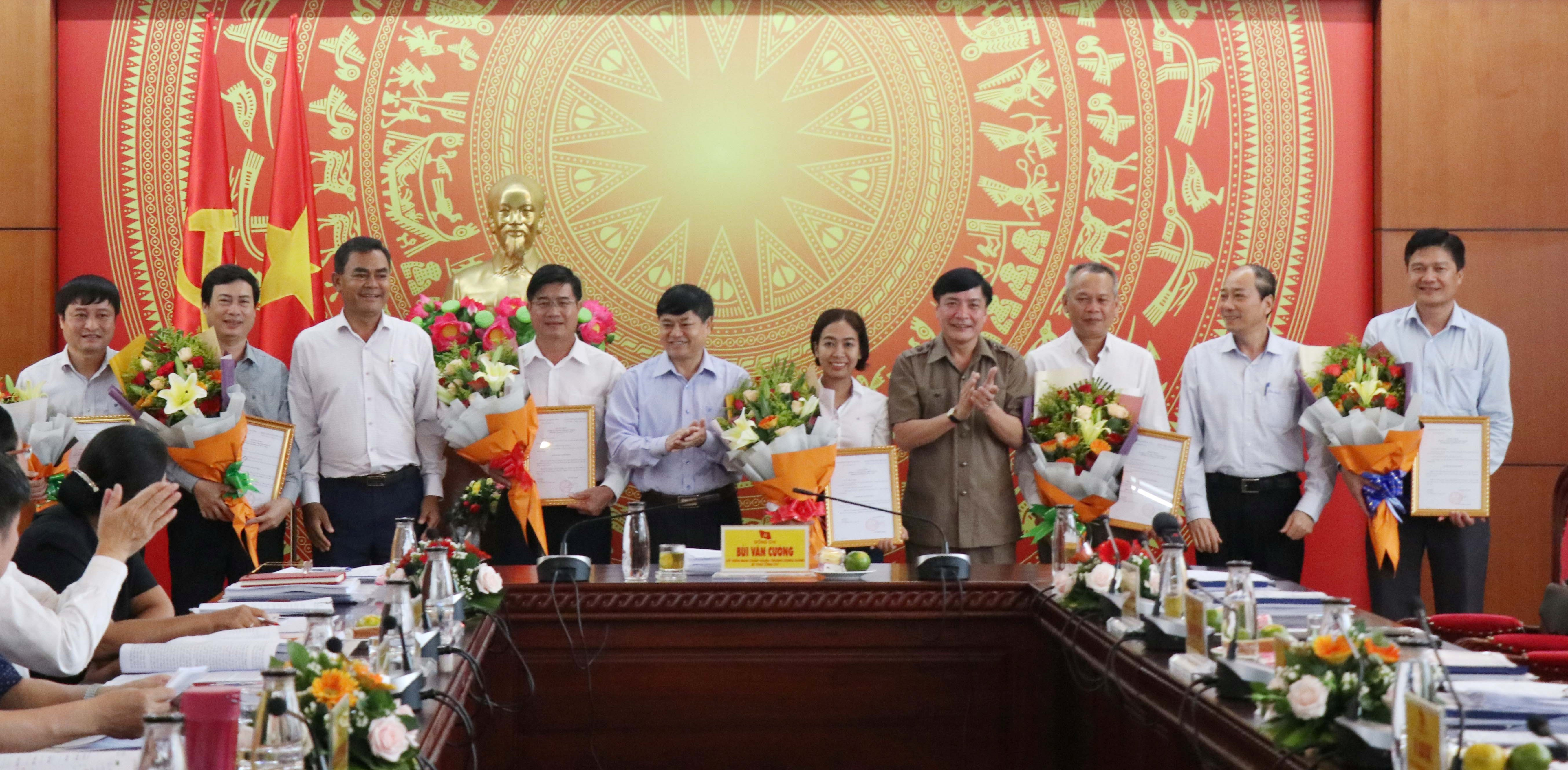 Đắk Lắk Trao Quyết định của Ban Bí thư Trung ương Đảng về công tác nhân sự