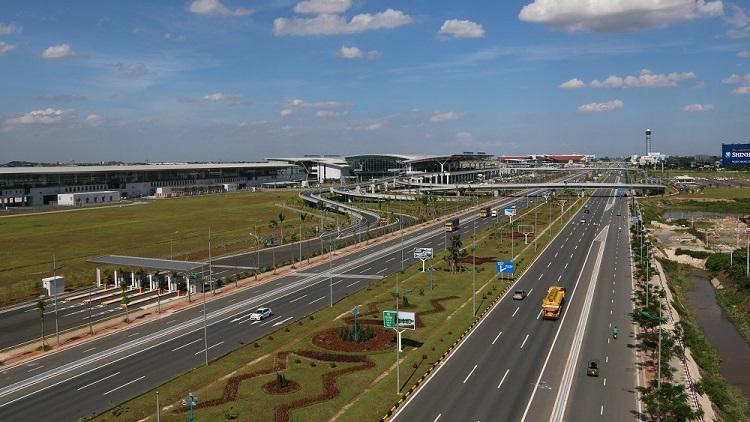 Nâng cấp Cảng hàng không quốc tế Nội Bài và Tân Sơn Nhất