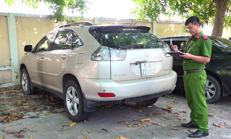 Điều tra vụ chuyển nhượng trái phép xe ô tô nhằm mục đích trốn thuế