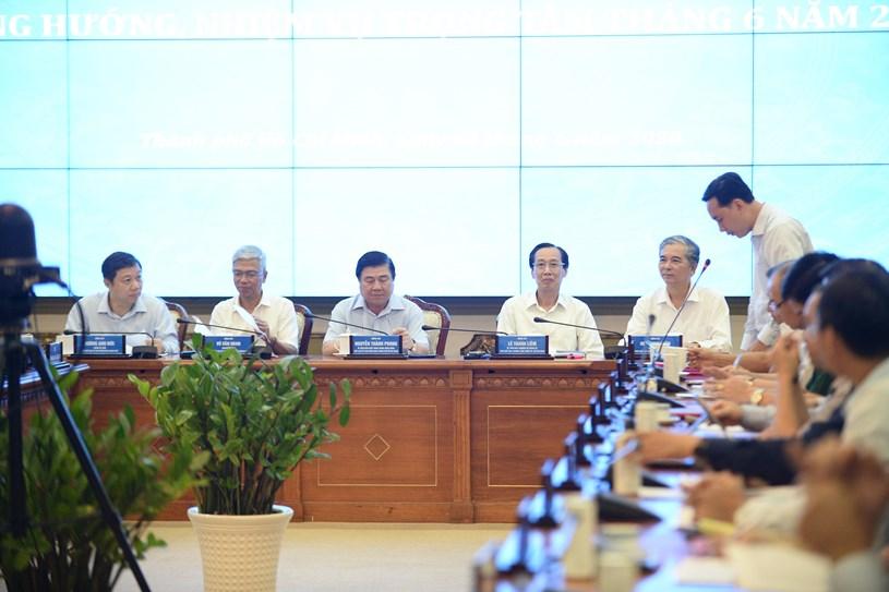 """TP Hồ Chí Minh Thực hiện các nhóm giải pháp nhằm hoàn thành thắng lợi """"mục tiêu kép"""""""