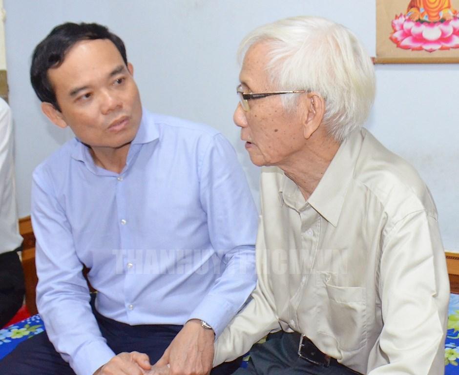 Lãnh đạo TP Hồ Chí Minh thăm, chúc thọ các cụ cao tuổi trên địa bàn