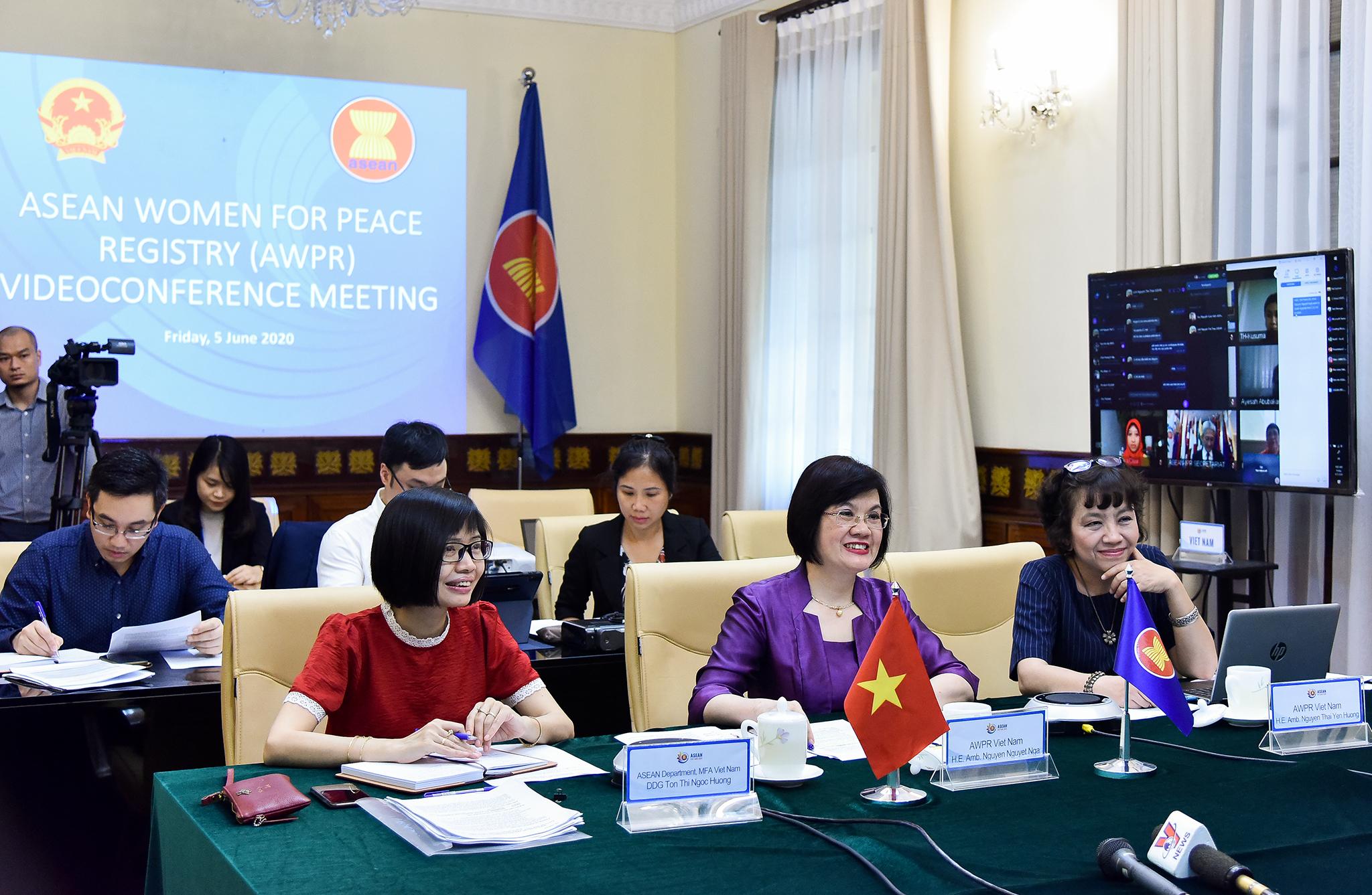 Thúc đẩy hợp tác về phụ nữ, hòa bình và an ninh