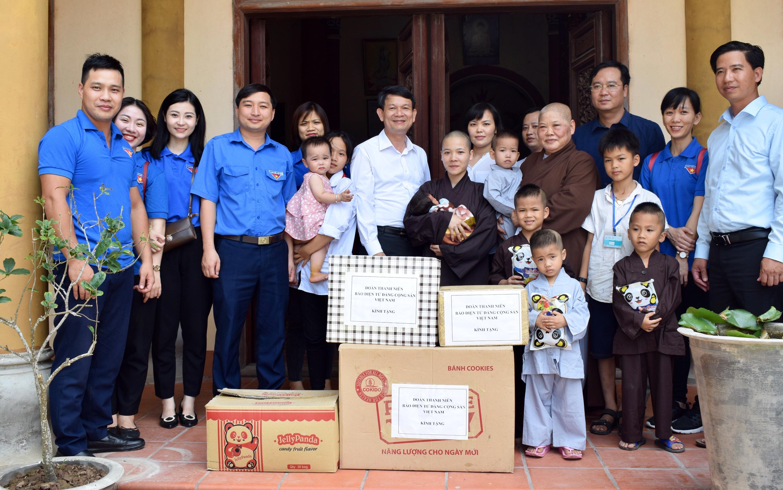 Tuổi trẻ Báo điện tử Đảng Cộng sản Việt Nam hưởng ứng Tháng hành động vì trẻ em