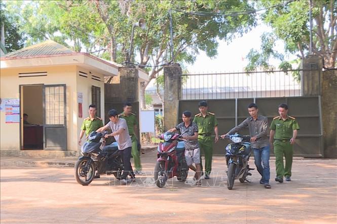 Triệt phá ổ nhóm chuyên trộm cắp xe máy ở khu vực Tây Nguyên