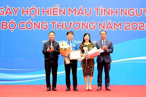 Điểm sáng trong học tập và làm theo tư tưởng, đạo đức, phong cách Hồ Chí Minh