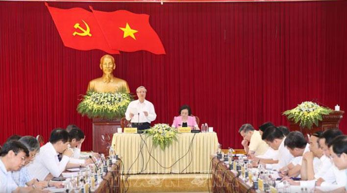 Thường trực Ban Bí thư Trần Quốc Vượng làm việc với Ban Chấp hành Đảng bộ tỉnh Yên Bái