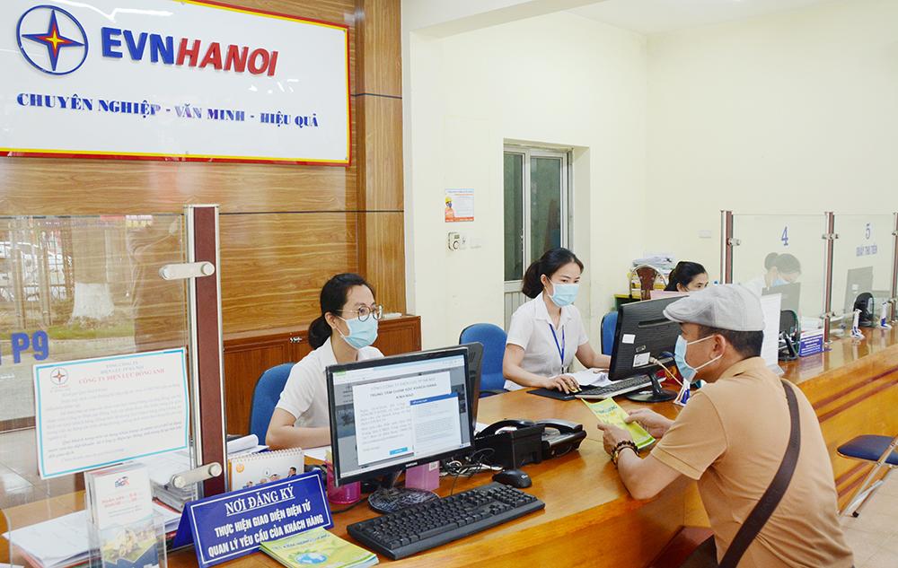 TP Hà Nội Đã giảm hơn 210 tỷ đồng tiền điện cho khách hàng