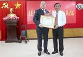 Trao tặng Huy hiệu 55 năm tuổi Đảng cho đồng chí Nguyễn Văn Chi