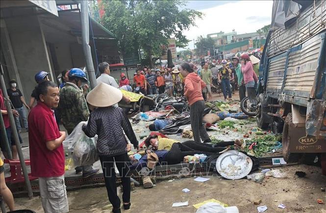 Sớm điều tra nguyên nhân vụ tai nạn giao thông khiến 5 người chết, 5 người bị thương