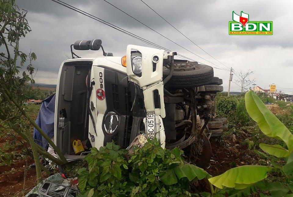 Tập trung cứu chữa nạn nhân bị thương, xác minh nguyên nhân vụ tai nạn tại Đắk Nông