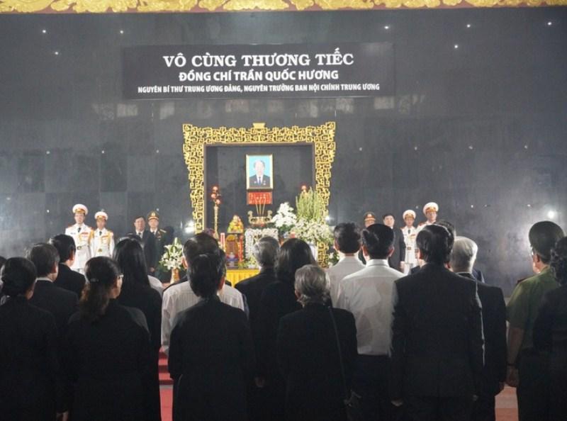 Lãnh đạo Đảng, Nhà nước viếng Nguyên Bí thư Trung ương Đảng Trần Quốc Hương