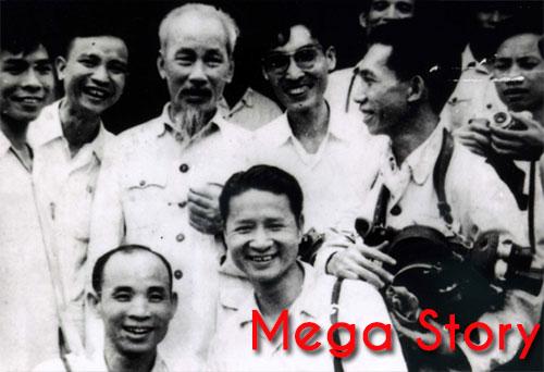 [Mega Story] Bác Hồ với báo chí Cách mạng Việt Nam