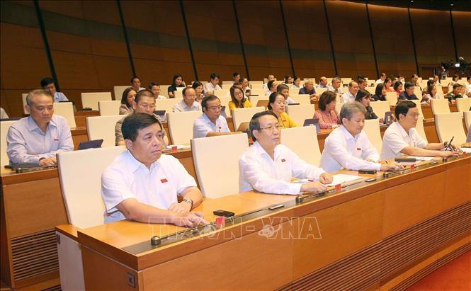 Quốc hội thông qua nghị quyết về phê chuẩn quyết toán ngân sách nhà nước năm 2018