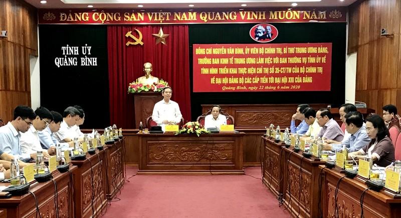 Quảng Bình Đẩy nhanh công tác hoàn thiện các dự thảo văn kiện Đại hội Đảng bộ tỉnh