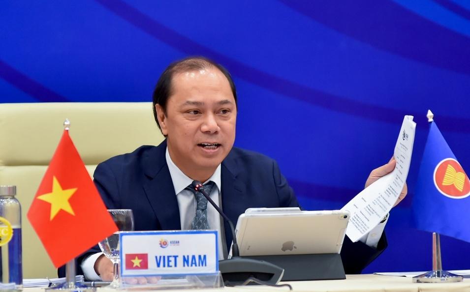 Cộng đồng ASEAN đoàn kết thống nhất và rộng mở hướng tới cấu trúc khu vực hoạt động dựa trên luật lệ