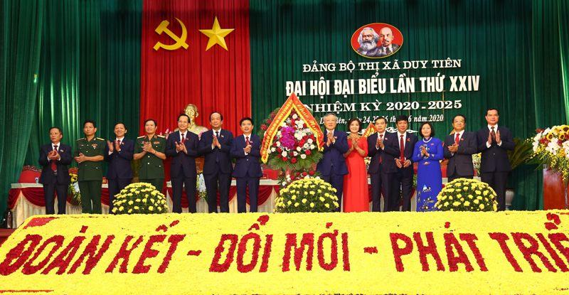 Xây dựng thị xã Duy Tiên trở thành trung tâm công nghiệp, dịch vụ của tỉnh Hà Nam