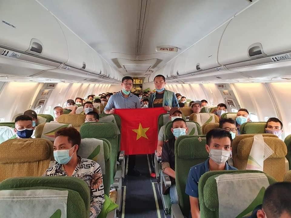 Tiếp tục đưa công dân Việt Nam về nước do đại dịch COVID-19
