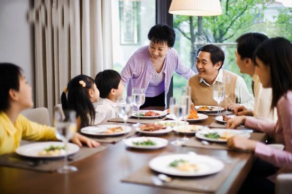 Bữa cơm gia đình - suối nguồn yêu thương