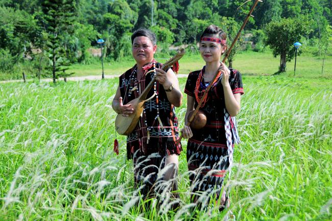 Trang phục truyền thống các dân tộc Tây Nguyên
