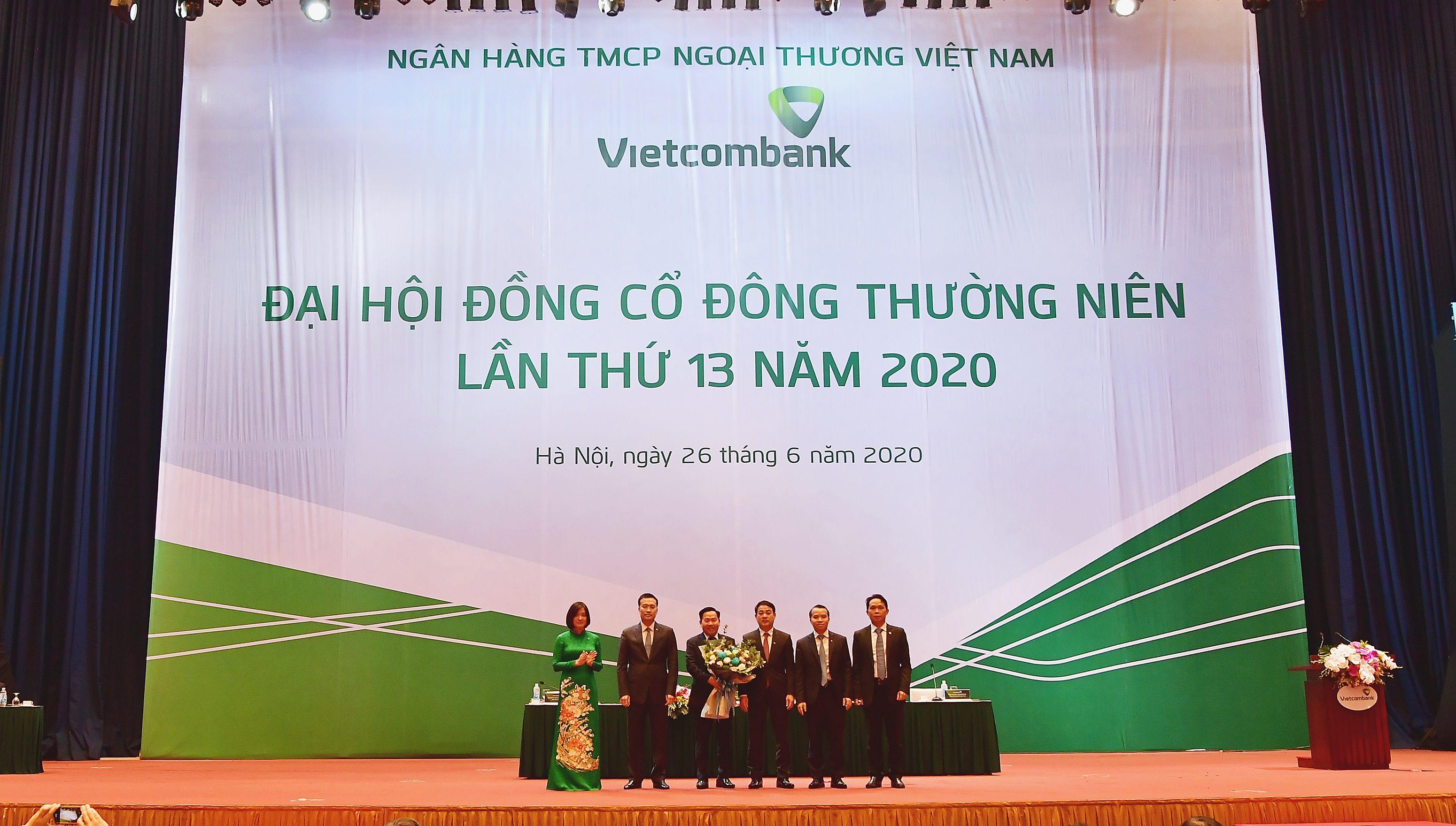 Vietcombank tổ chức Đại hội đồng cổ đông thường niên lần thứ 13