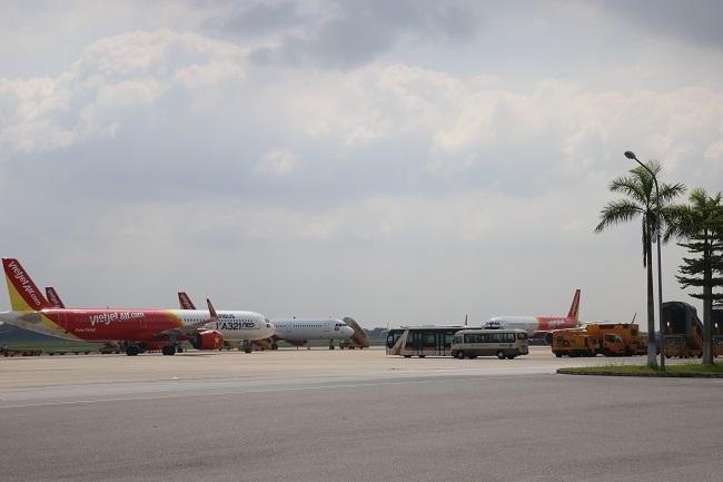 Tạm dừng xếp lịch bay cho 12 phi công là người Pakistan