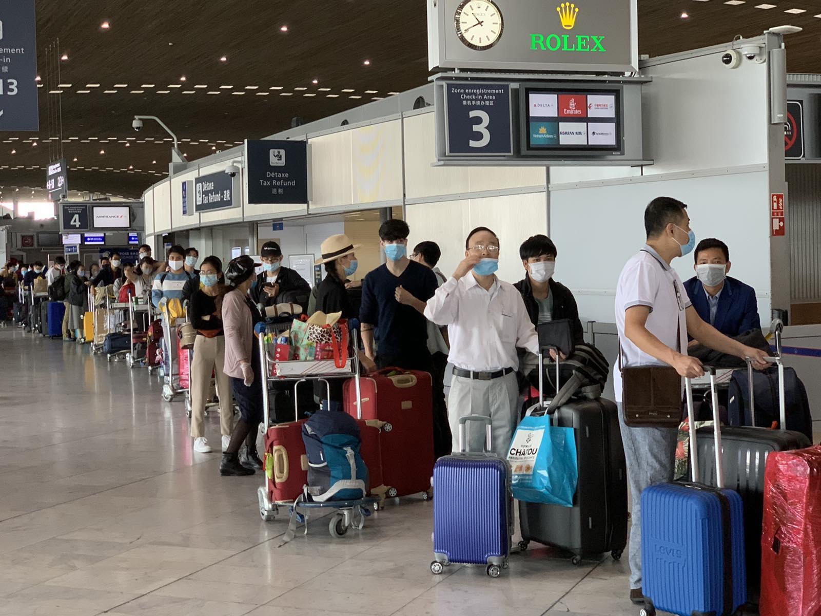 Đưa hơn 280 công dân Việt Nam từ Pháp và các nước lân cận ở khu vực châu Âu về nước
