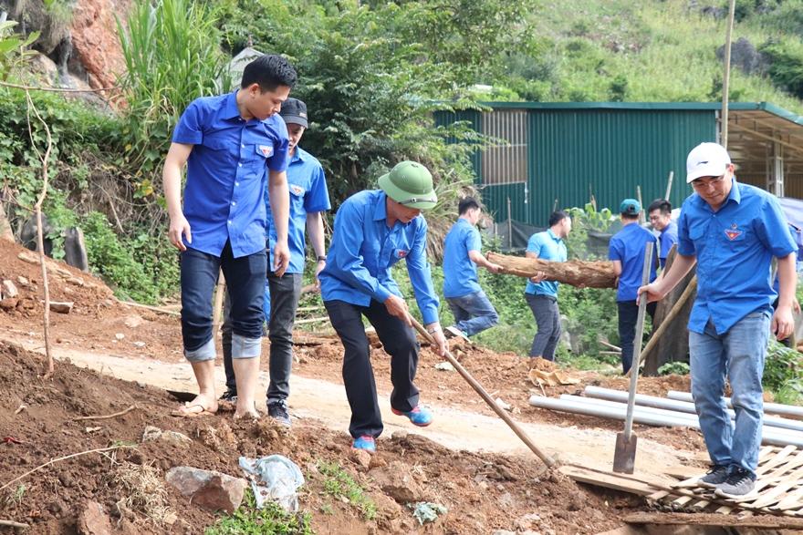 Tuổi trẻ Agribank Sơn La xây nhà tình nghĩa cho cựu thanh niên xung phong có hoàn cảnh khó khăn tại huyện Yên Châu