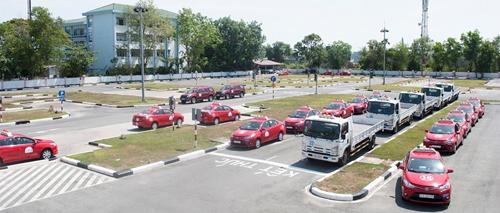 Sở hữu bằng lái xe hạng B1 vẫn được điều khiển ô tô