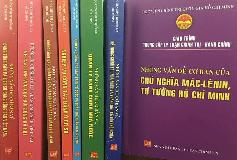 Nâng cao chất lượng, hiệu quả công tác xuất bản, phát hành và nghiên cứu, học tập sách lý luận