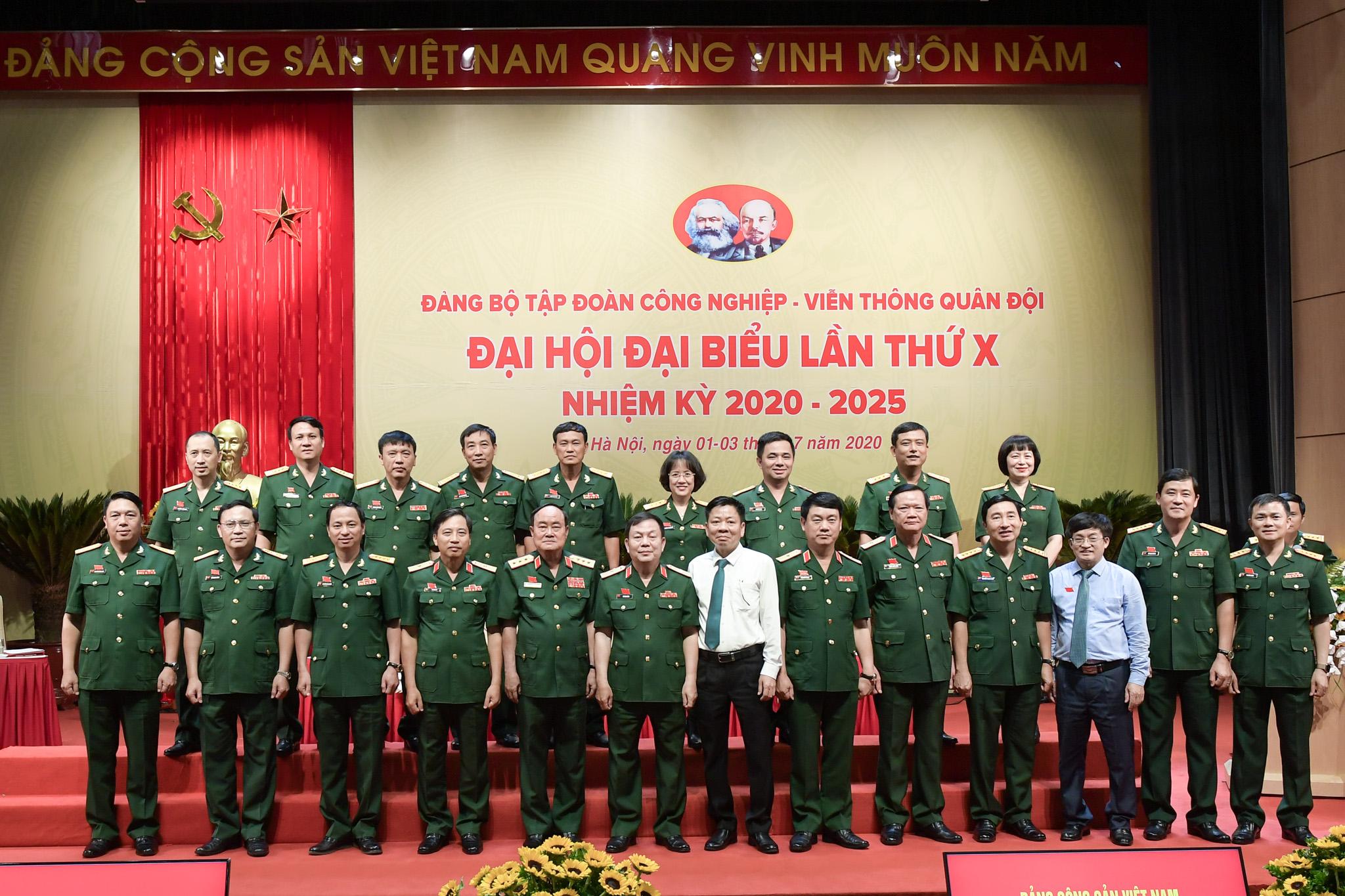 Xây dựng chiến lược phát triển Tập đoàn Công nghiệp - Viễn thông Quân đội