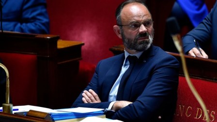 Thủ tướng Pháp cùng các thành viên nội các từ chức