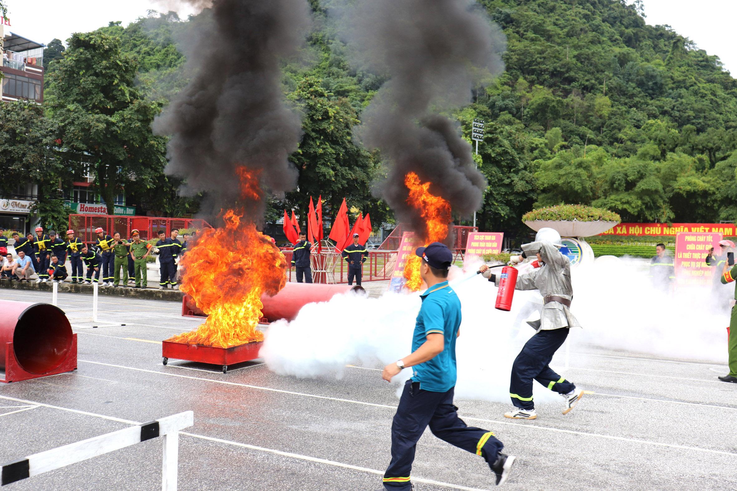 Hiệp đồng tác chiến trong công tác chữa cháy và cứu nạn, cứu hộ