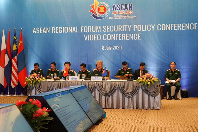 Đoàn kết, hợp tác với cộng đồng quốc tế là vũ khí để đối phó với các thách thức an ninh chung