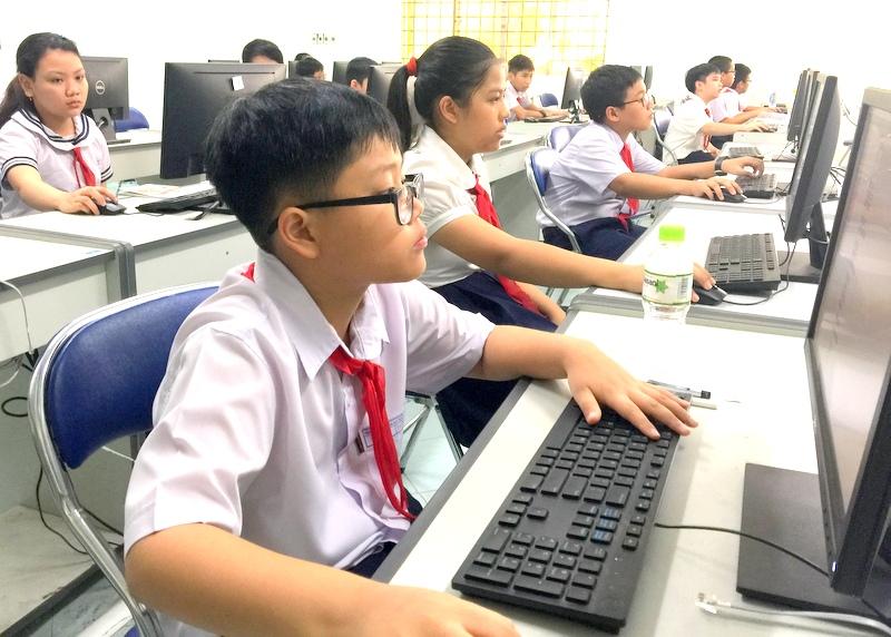 Đà Nẵng Hơn 400 thí sinh tham gia Hội thi tin học trẻ thành phố