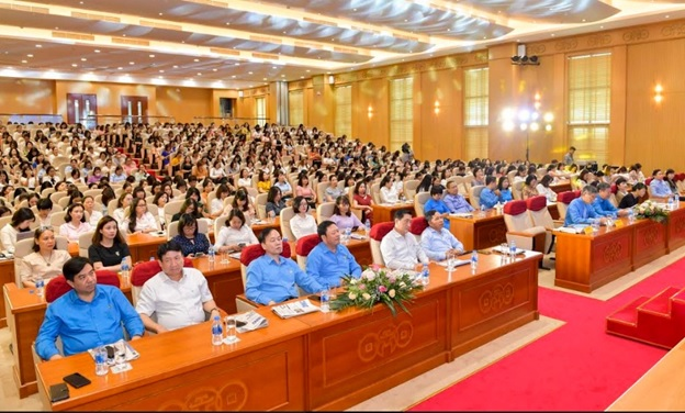 Công đoàn Ngân hàng Việt Nam Tuyên truyền chính sách pháp luật cho lao động nữ