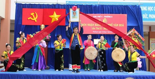 TP Hồ Chí Minh đẩy mạnh phong trào xây dựng đời sống văn hóa