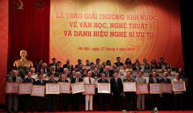 Bình Dương Xét tặng Giải thưởng Hồ Chí Minh về văn học, nghệ thuật