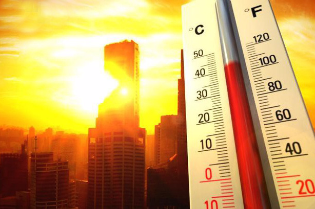 Nắng nóng kéo dài ở Bắc và Trung Trung Bộ